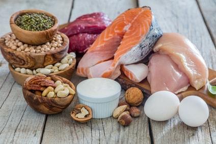 Wie viel Protein braucht man für den maximalen Muskelaufbau?